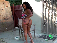 Handsome black guy fucks ebony Jayden Starr while her tits bounce